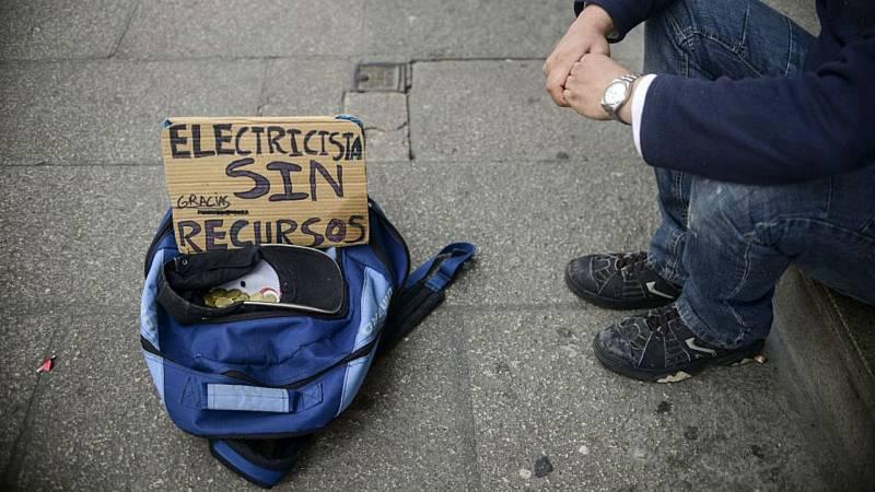 Boletines RNE - España ha fracasado en la lucha contra la pobreza, según los estudios - Escuchar ahora
