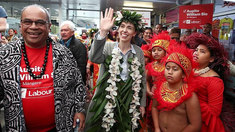 Reportajes 5 Continentes - Legislativas en Nueva Zelanda: el partido de Ardern favorito - Escuchar ahora