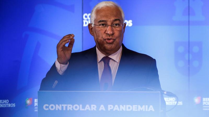 Boletines RNE - Portugal decreta el estado de calamidad - Escuchar ahora
