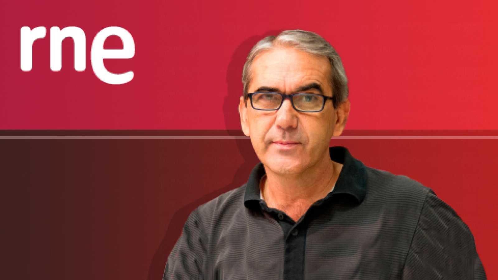 Historias de papel - 18/10/20 - Andrea Abreu, Juan Eslava Galán, Jaime Cedillo