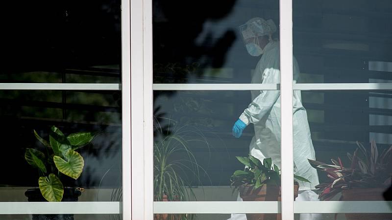 14 horas - La Fiscalía no ve delito en la actuación de la residencias madrileñas durante la pandemia - Escuchar ahora