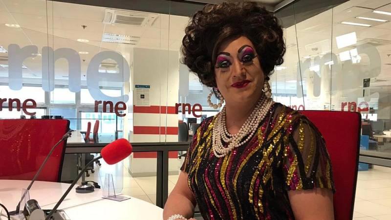 No es un día cualquiera - Lady Veneno y el cabaret - Andrés Salado - 'La platea' - 18/10/2020 - Escuchar ahora
