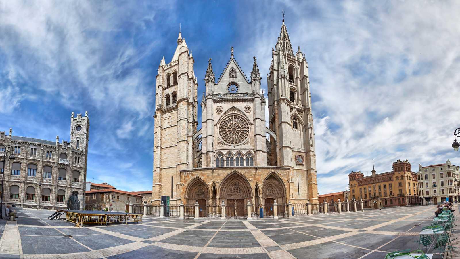 En clave Turismo - León, un destino imprescindible y único en España - 19/10/20 - escuchar ahora