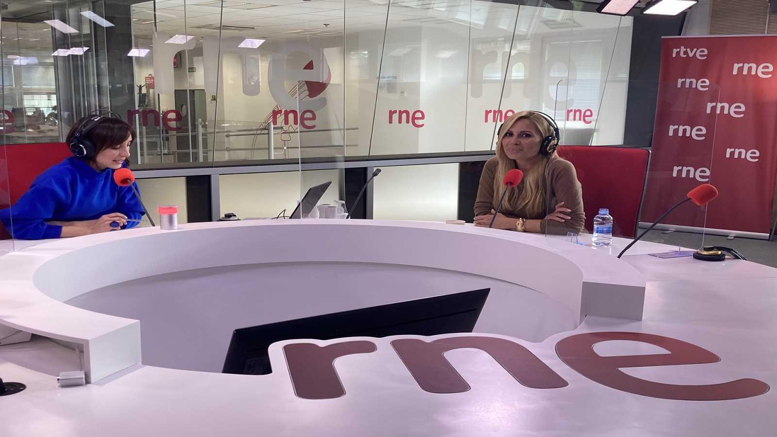 """Tarde lo que tarde - Marta Sánchez: """"Los mejores años de mi vida están por llegar"""" - Escuchar ahora"""
