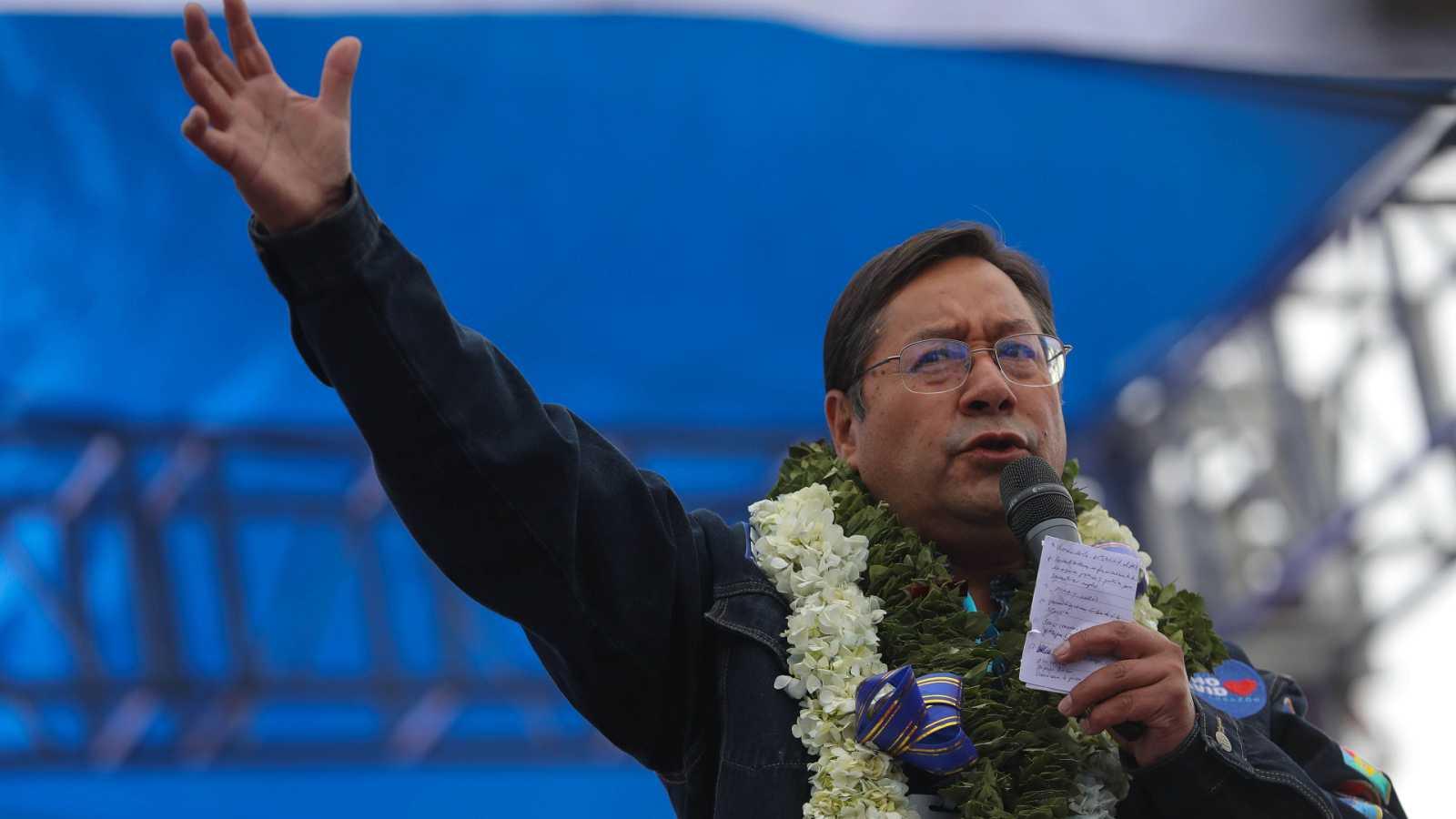 """Cinco continentes - Bolivia: se ha optado por """"la reconstrucción"""" - Escuchar ahora"""