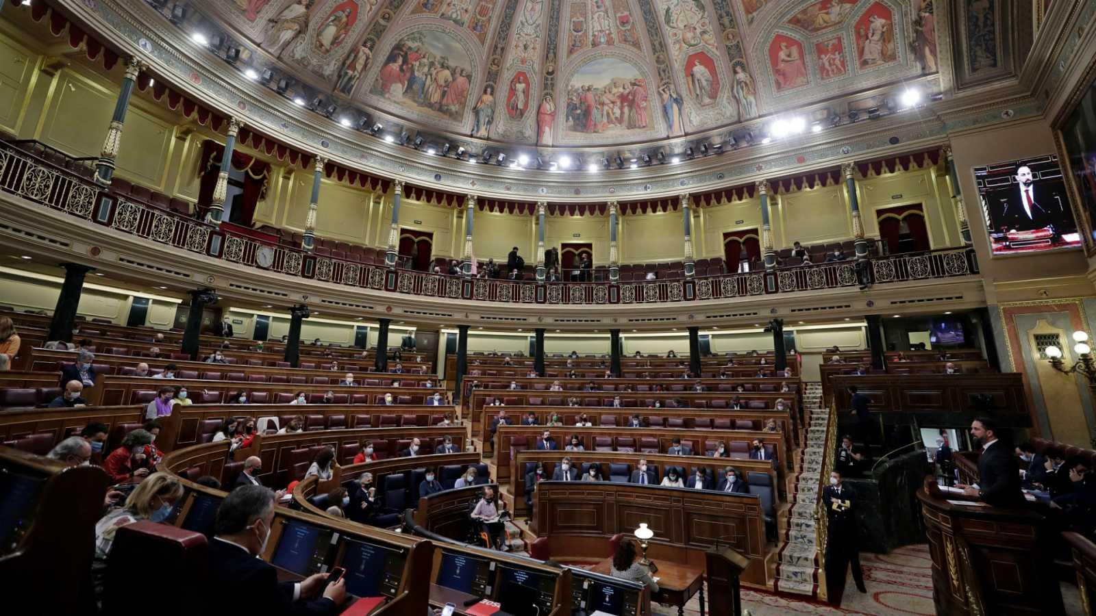 Boletines RNE - Moción de censura: Abascal (VOX) dice que éste es el peor gobierno en 80 años - Escuchar ahora