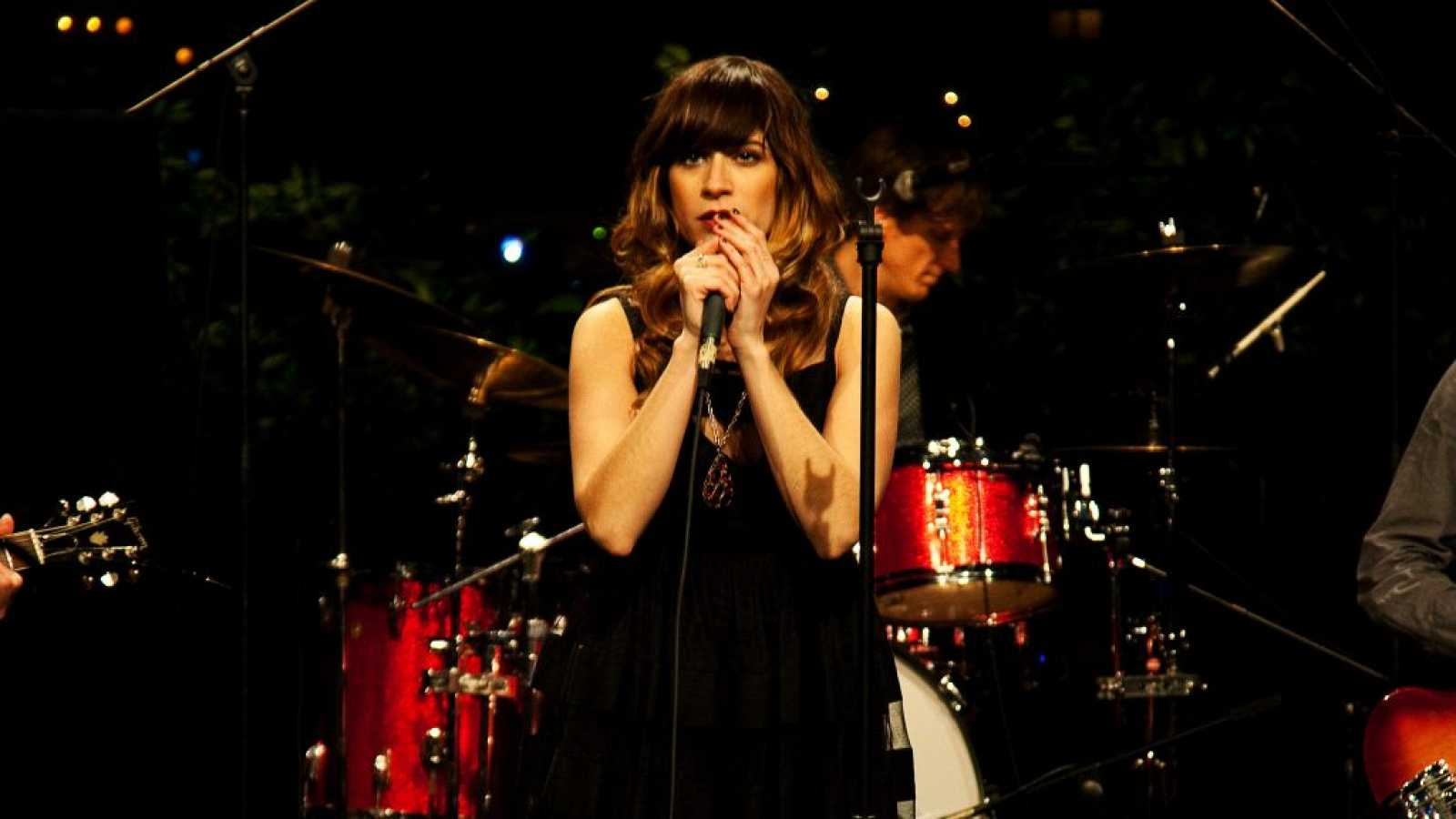 Próxima parada - Van Morrison & Nicole Atkins y Jessie Ware - 04/11/20 - escuchar ahora