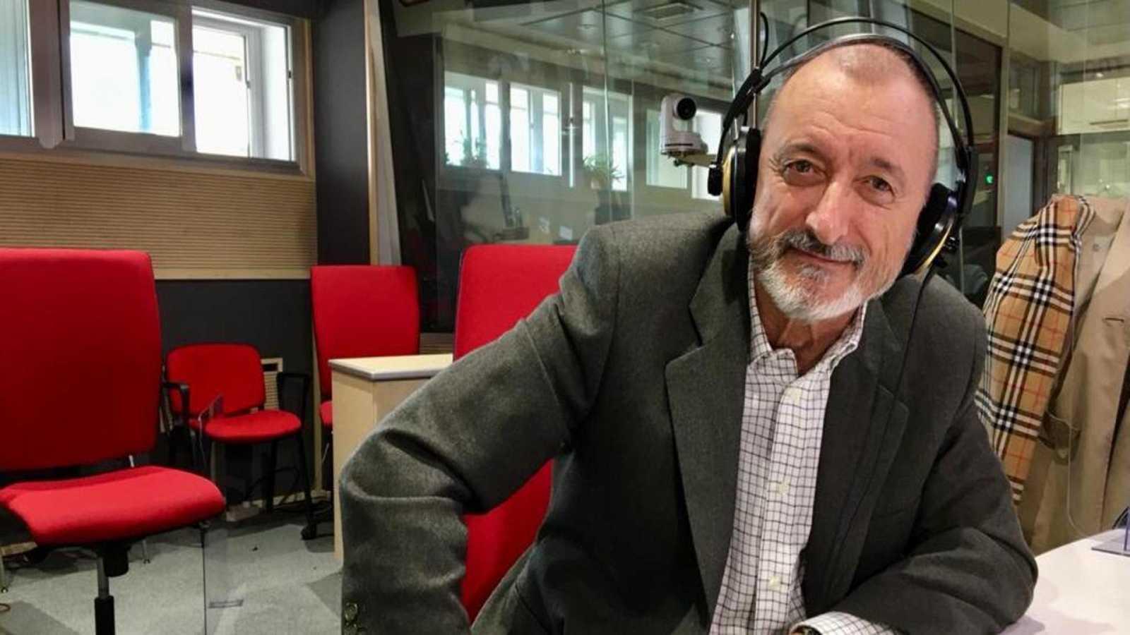Las mañanas de RNE con Pepa Fernández - Arturo Pérez-Reverte - Escuchar ahora