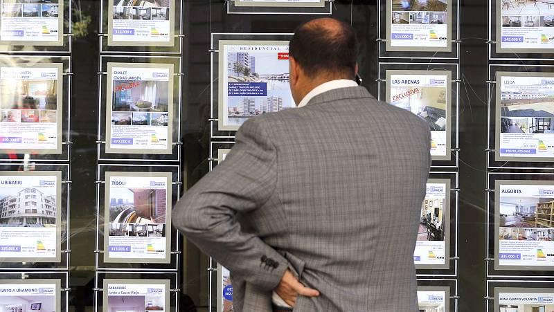 14 horas - Inmobiliarias e inquilinos no notan los efectos de la ley de limitación de precios de alquileres en Cataluña un mes después de su entrada en vigor - Escuchar ahora