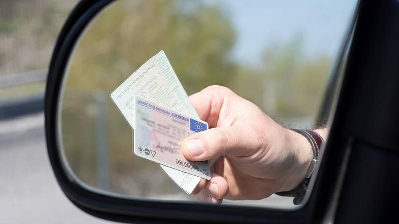 Por tres razones - ¿Por qué es más caro el carné de conducir con el Covid? - 22/10/20 - escuchar ahora