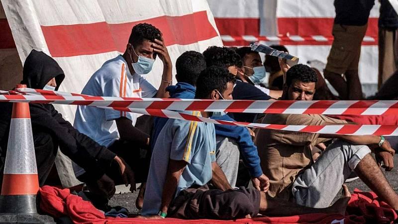 Por tres razones - ¿Canarias puede convertirse en Lampedusa? - Escuchar ahora