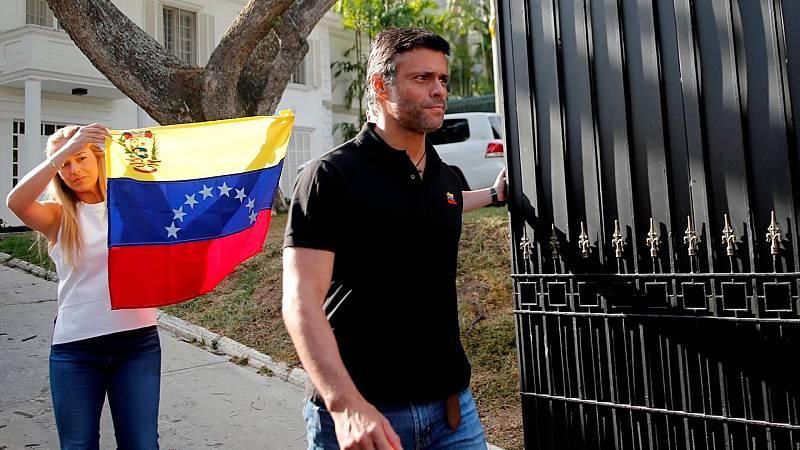 20 horas informativos Fin de semana - Leopoldo López abandona la Embajada de España en Caracas y se dirige a Madrid - Escuchar ahora