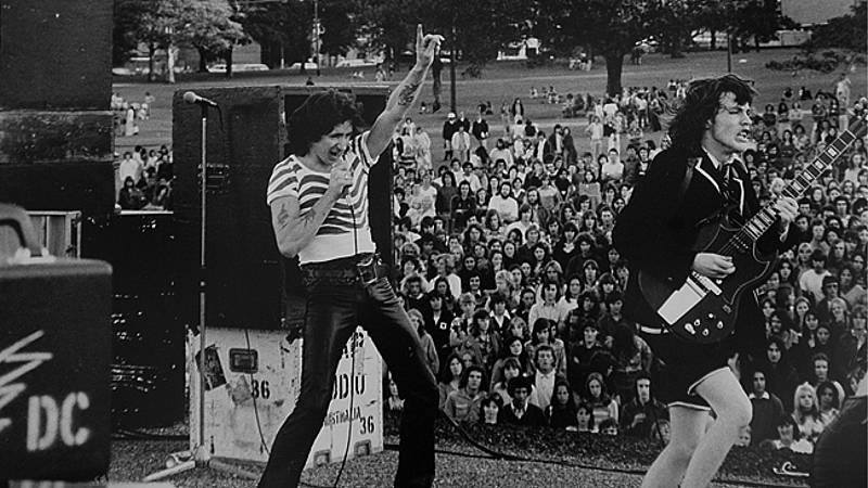 Rock and roll High School- Cap. 35; Hard Rock parte 2 (1971-1975) - 28/10/20 - escuchar ahora