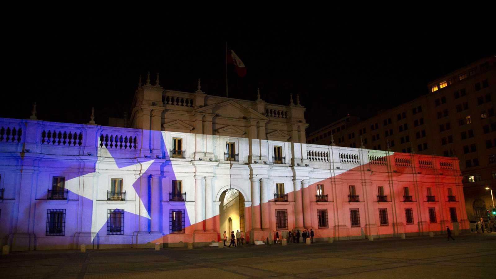 Hora América - Chile aprueba redactar una nueva Constitución - 26/10/20 - EScuchar ahora