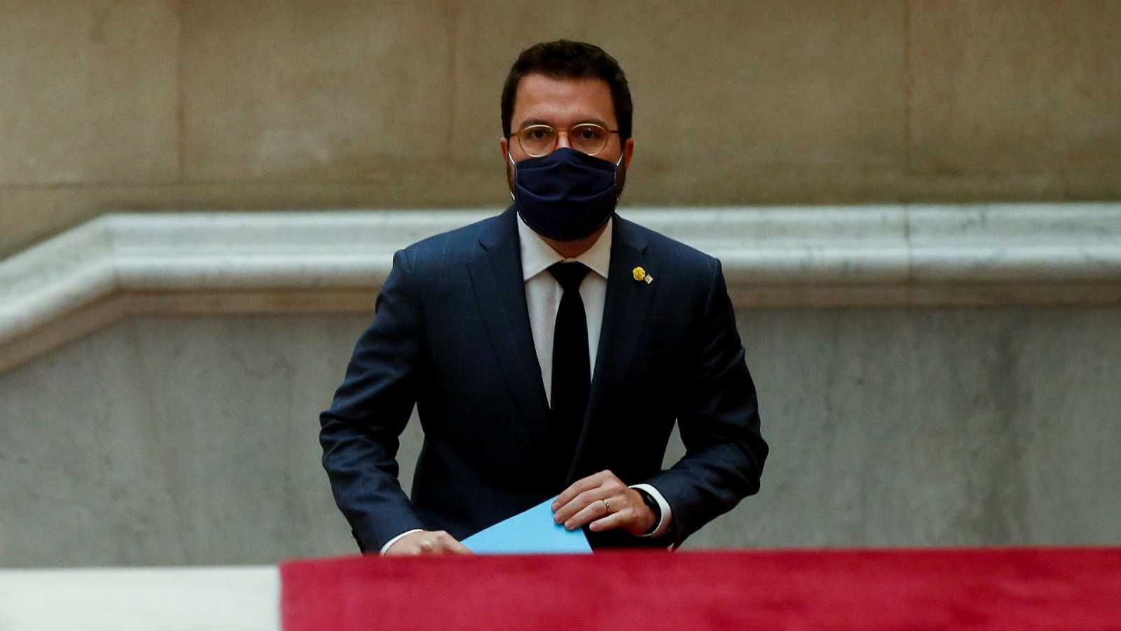 14 horas - Cataluña confina perimetralmente toda la región 15 días y los municipios los fines de semana - Escuchar ahora