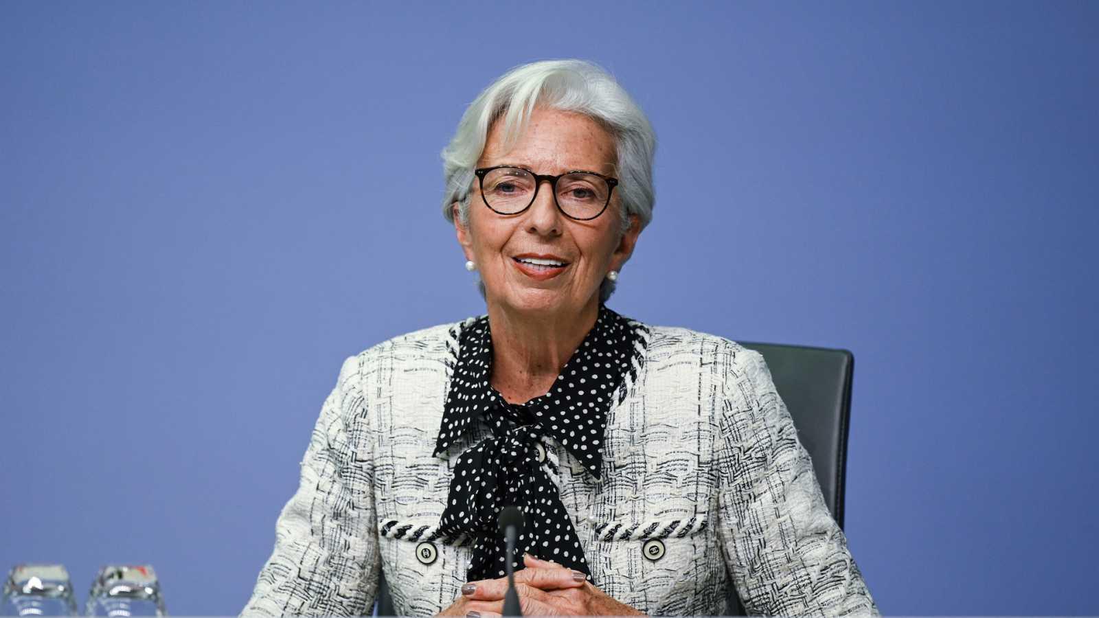 24 horas - El BCE advierte: la recuperación de la economía se ralentiza - Escuchar ahora