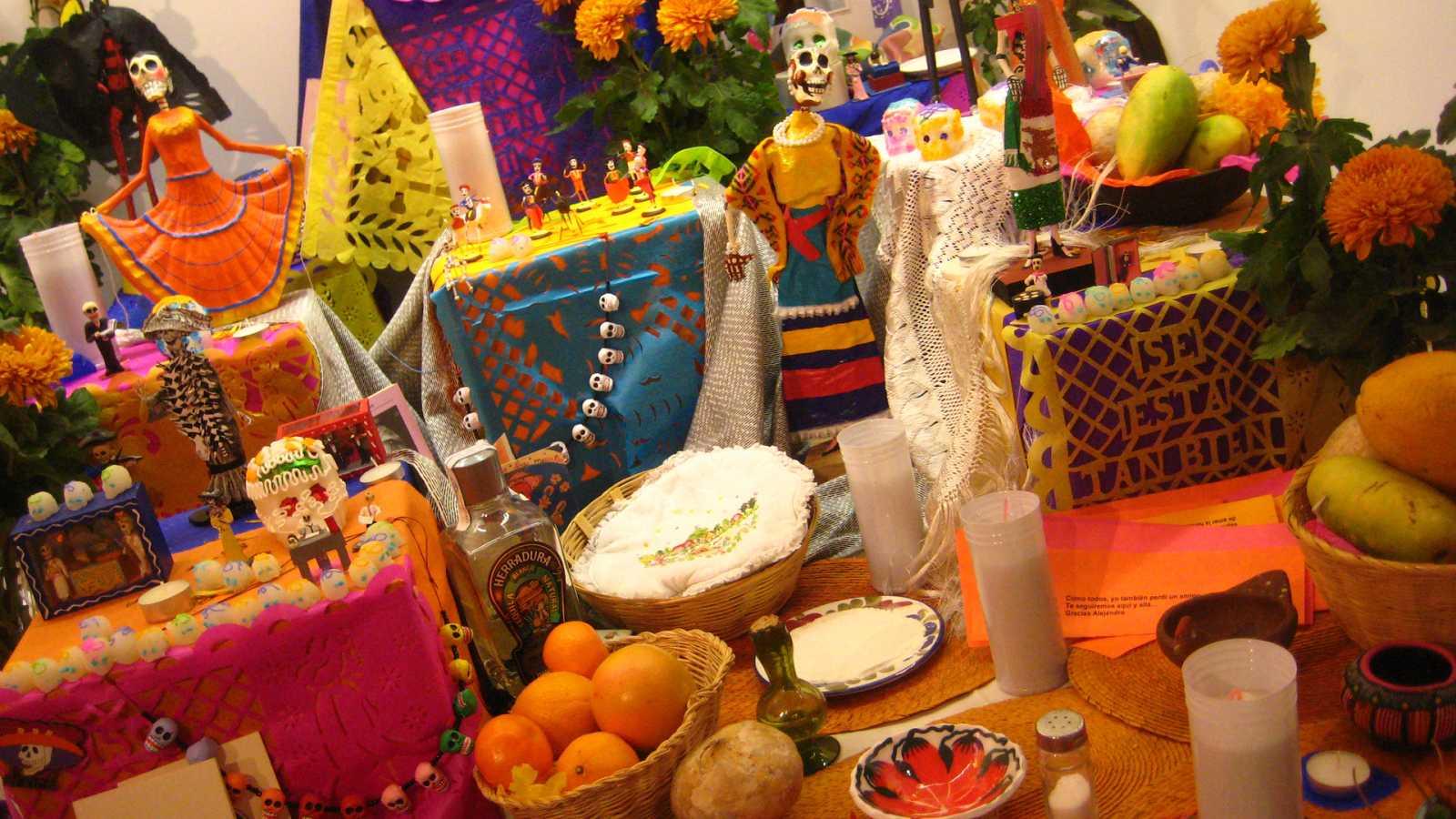 Hora América - La tradición del Altar de Muertos en España - 29/10/20 - escuchar ahora