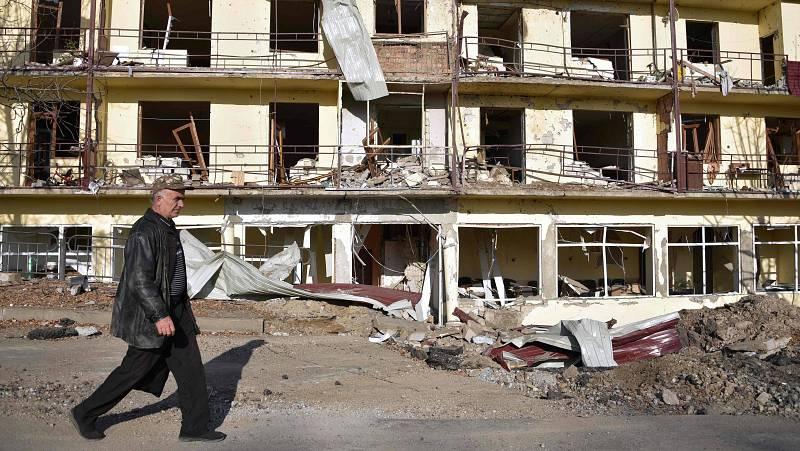 """14 horas - Médicos en Nagorno-Karabaj: """"En esta guerra apenas se ven heridos de bala, se están usando bombas de fósforo o racimo"""" - Escuchar ahora"""