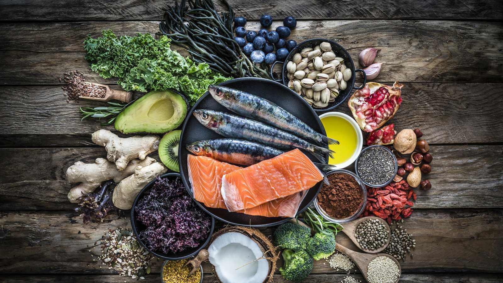 Españoles en la mar - Alimentación rica en omega 3 mejora pronóstico tras un infarto - 03/11/20 - escuchar ahora