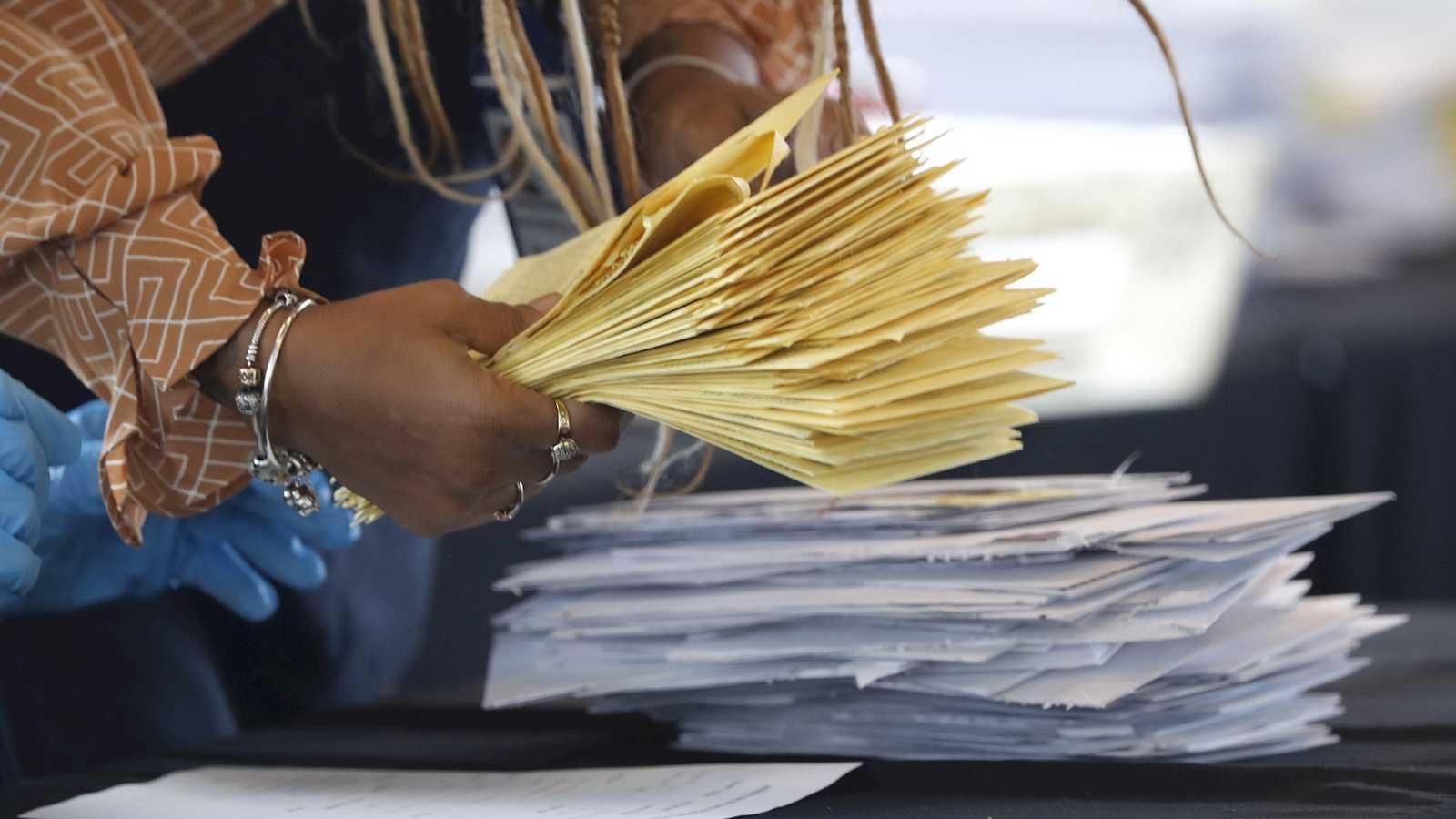Parlamento - Radio 5 - ¿Cuáles son las diferencias entre el sistema electoral español y el estadounidense? - Escuchar ahora