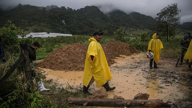 España a las 8 Fin de Semana - La tormenta tropical Eta se ceba con Guatemala: un centenar de fallecidos y más de un millón de afectados - Escuchar ahora