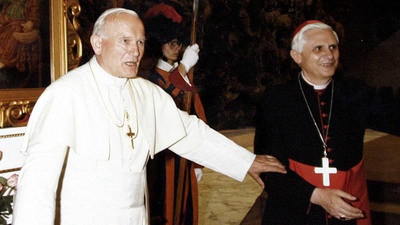 14 horas - Un informe del Vaticano reconoce que Benedicto XVI y Juan Pablo II se fiaron del ex arzobispo McCarrick pese a las sospechas de abusos - Escuchar ahora