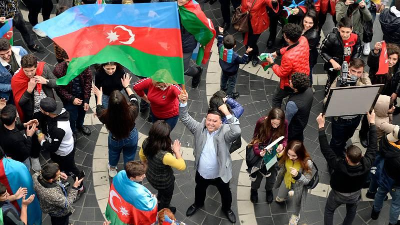 14 horas - Armenia y Azerbaiyán firman la paz en el Karabaj: derrota en Ereván, aires de victoria en Bakú - Escuchar ahora