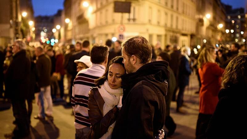 Las mañanas de RNE con Íñigo Alfonso - Cinco años de los atentados en París - Escuchar ahora