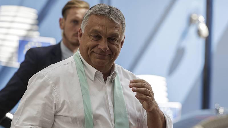 14 horas - El Gobierno de Orbán quiere prohibir la adopción a parejas del mismo sexo - Escuchar ahora