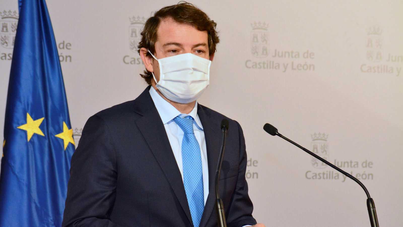 14 horas Fin de Semana - Los sindicatos médicos de Castilla y León piden la dimisión de Mañueco por el decreto de reordenación del personal sanitario - Escuchar ahora