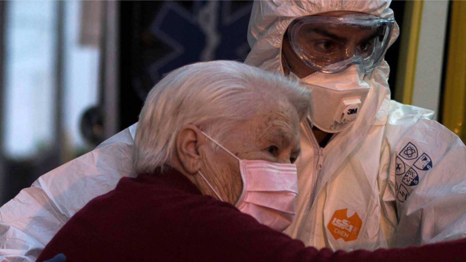 14 horas fin de semana - Familias y asociaciones denuncian las infecciones y mortandad en las residencias de mayores - Escuchar ahora