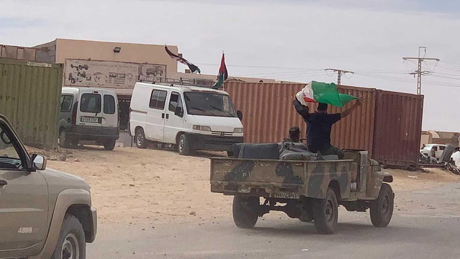 14 horas Fin de Semana - El Frente Polisario decreta el estado de guerra mientras que Rabat no confirma bajas en su ejército- Escuchar ahora
