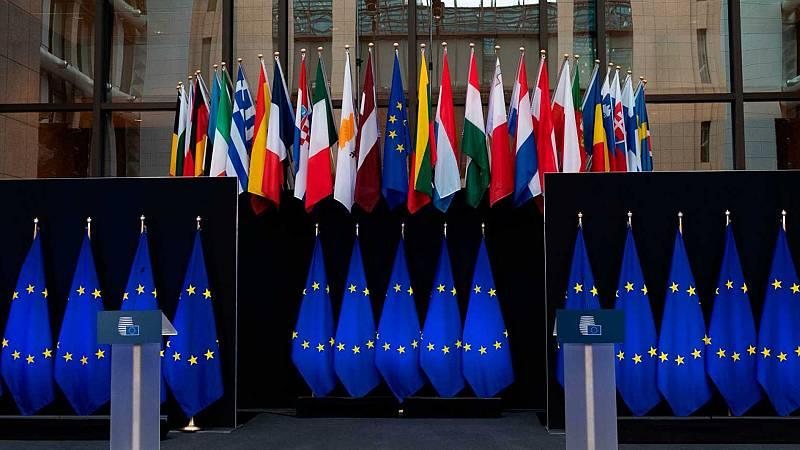 Boletines RNE - Polonia y Hungría bloquean el fondo comunitario de recuperación - Escuchar ahora