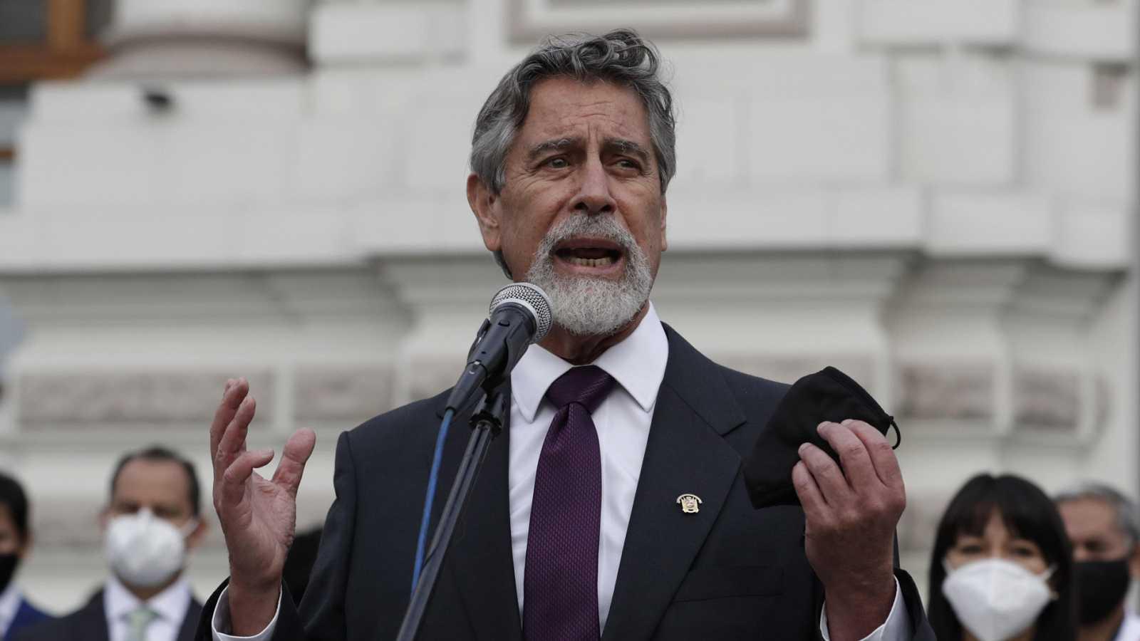 Hora América - Incertidumbre en Perú por la crisis política y social - 16/11/20 - escuchar ahora