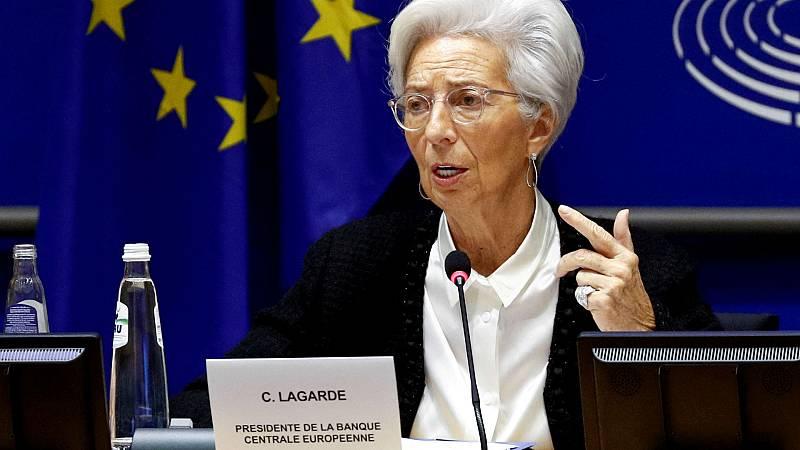 Boletines RNE - La presidenta del BCE pide a Polonia y Hungría que retiren el veto al Fondo de Recuperación - Escuchar ahora