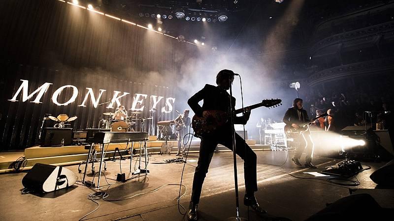 180 grados - De viernes con Arctic Monkeys, en directo - 20/11/20 - escuchar ahora