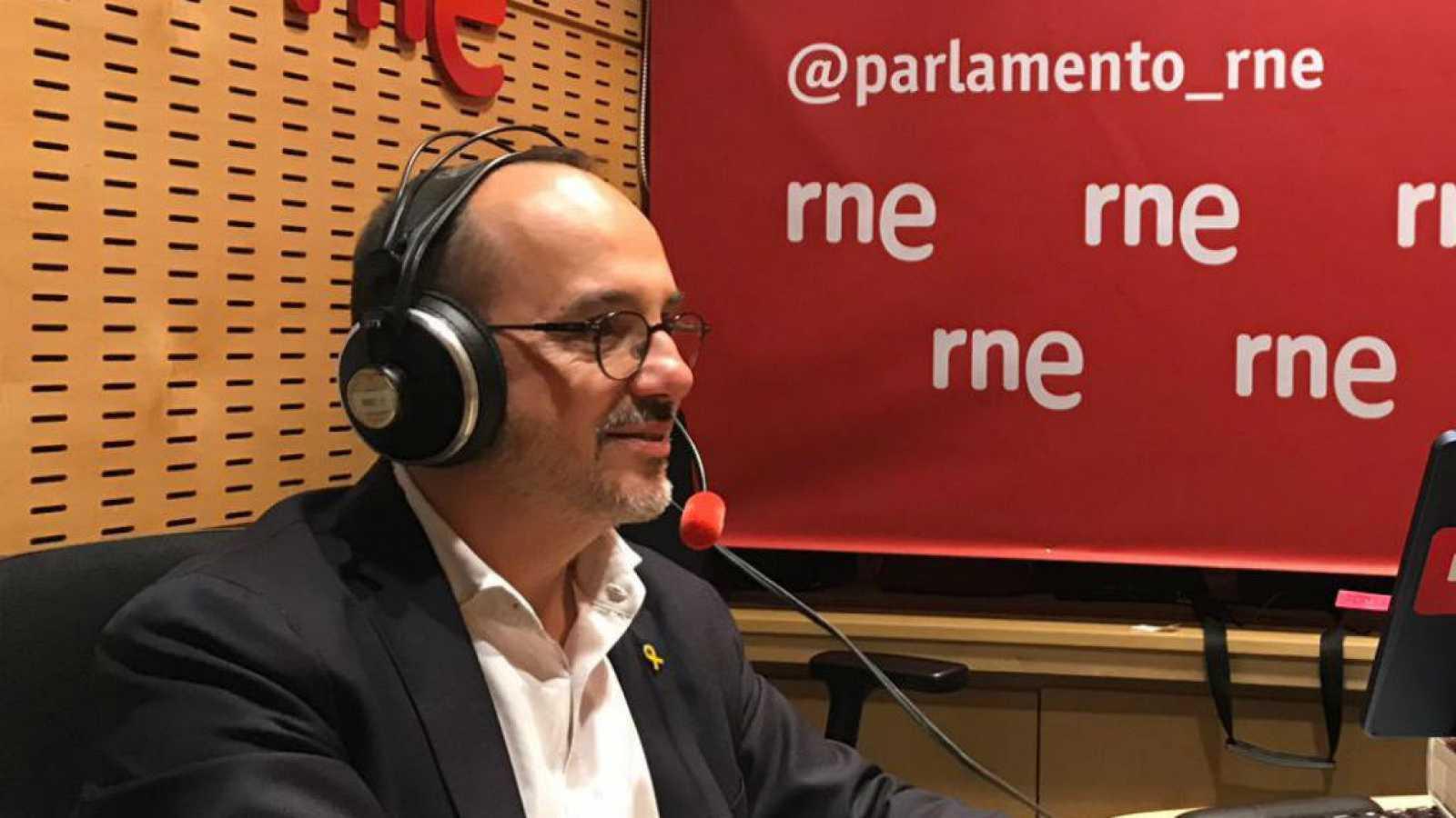 """Parlamento - Radio 5 - Campuzano celebra la renovación de los acuerdos del Pacto de Toledo: """"Expresa una voluntad de mantener una politica orientada a garantizar el futuro del sistema público de pensiones"""" - Escuchar ahora"""