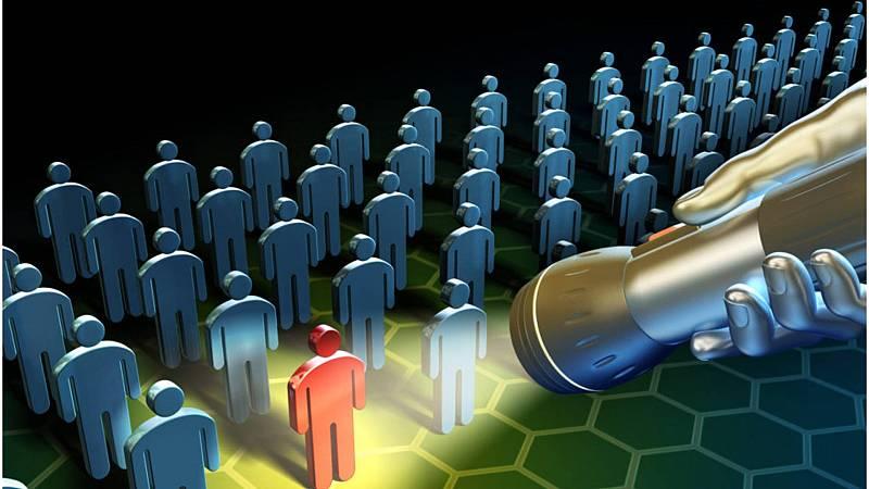 Código Crystal - El mundo de los insiders, y un extraño espía francés - 21/11/20 - Escuchar ahora