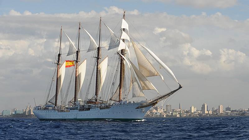"""Por tres razones - El """"Juan Sebastián de Elcano"""" no pisa tierra por la covid - Escuchar ahora"""