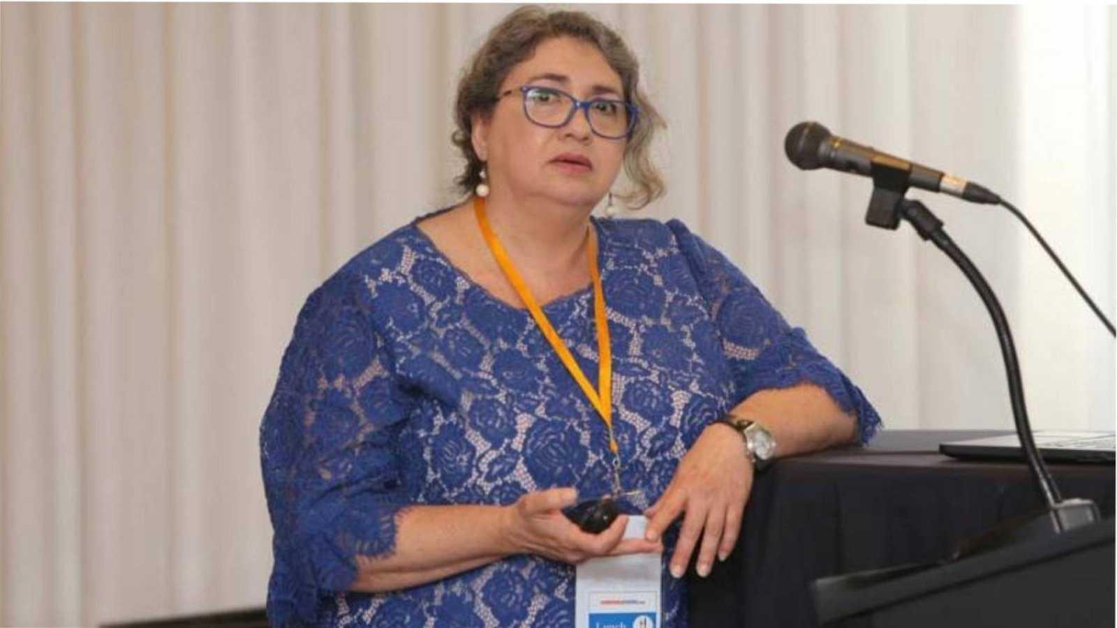 "24 horas informativos Fin de semana - Carmen Alvárez inmunóloga: ""Las vacunas son seguras pero no nos van a quitar la pandemia"" - Escuchar ahora"