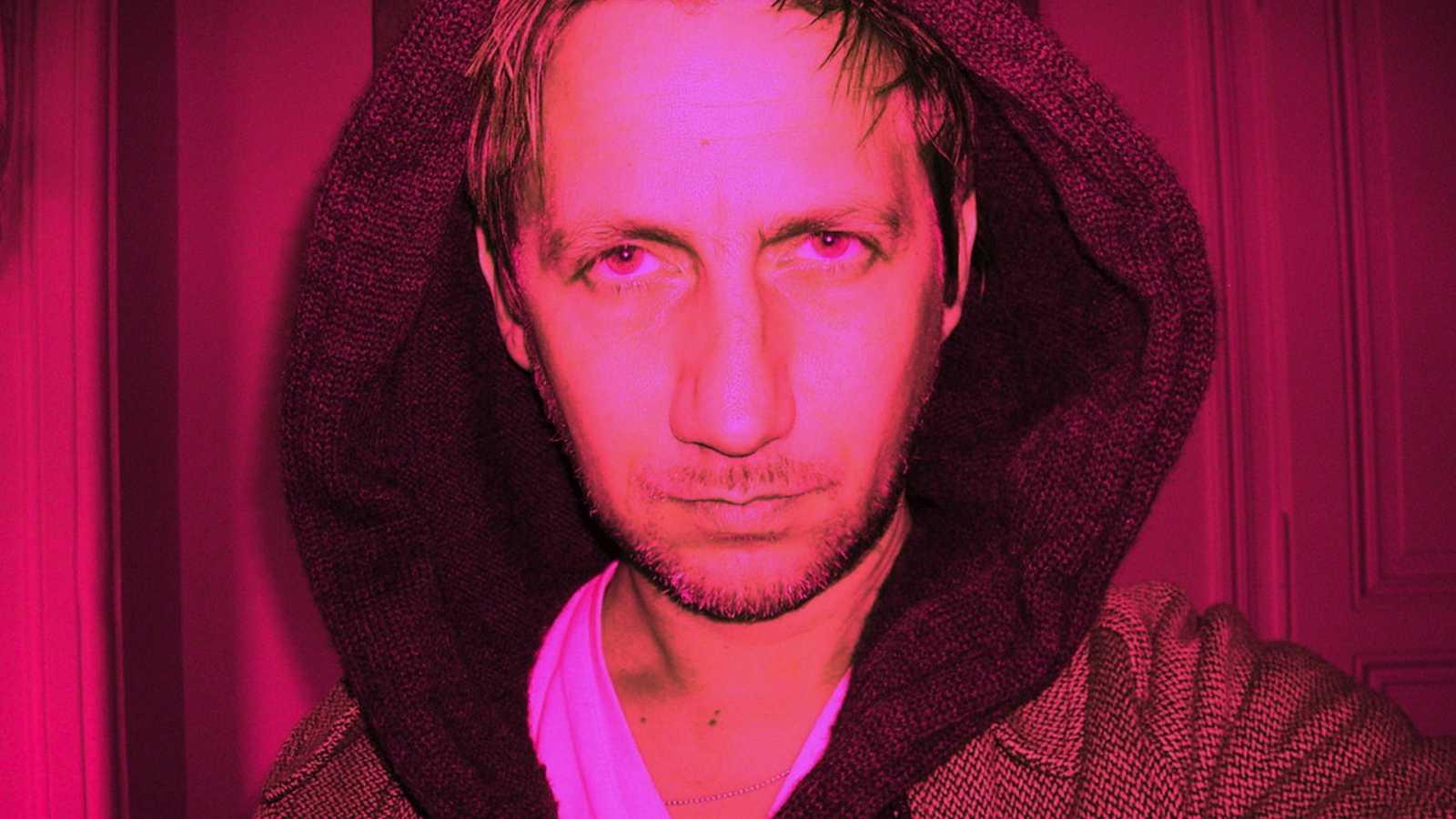 Fluido rosa - Imagen detenida y movimiento - 23/11/20 - escuchar ahora