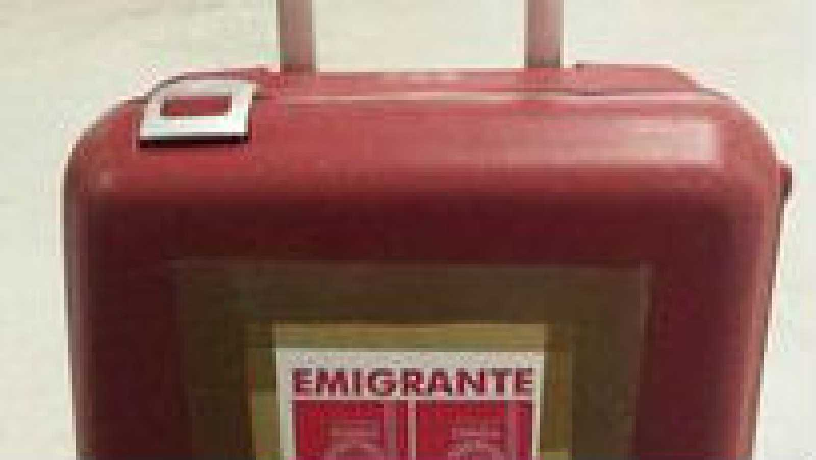 Más cerca - Marea granate: somos emigrantes, no turistas - Escuchar ahora