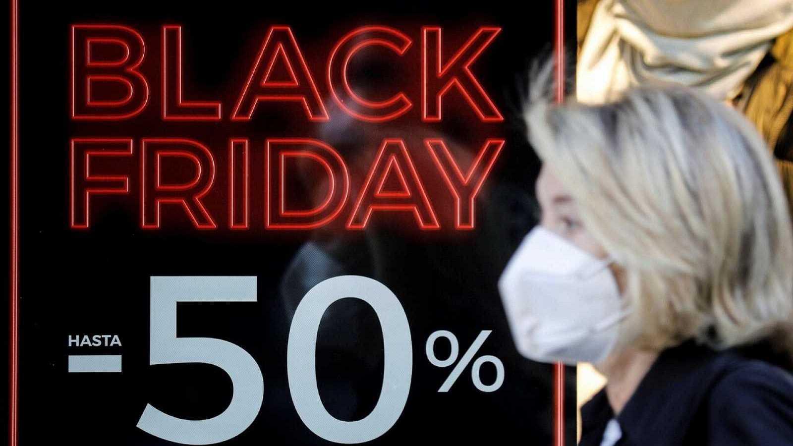 Más cerca - El Black Friday más digital, pero con menor gasto - Escuchar ahora