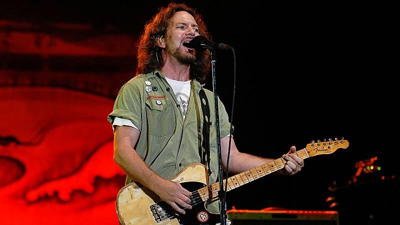 180 Grados - Eddie Vedder, Feroe, Sia y Miley Cyrus ft. Dua Lipa - 23/11/20 - escuchar ahora