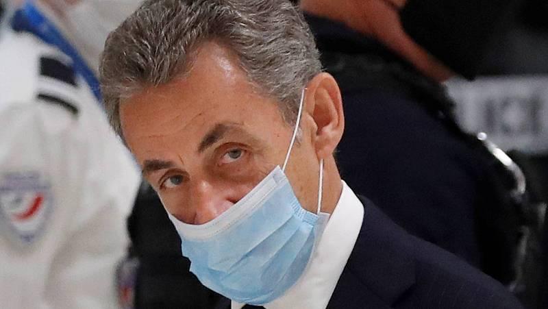 14 horas - Sarkozy, el primer expresidente francés en el banquillo de los acusados - Escuchar ahora