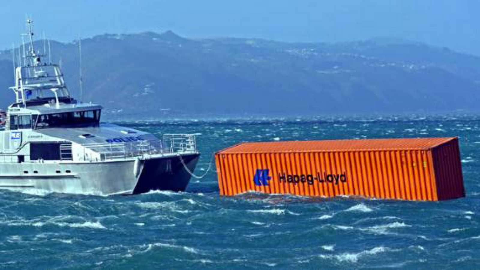 Españoles en la mar - Los 'OFNI', la gran amenaza de los navegantes oceánicos - 23/11/20 - escuchar ahora