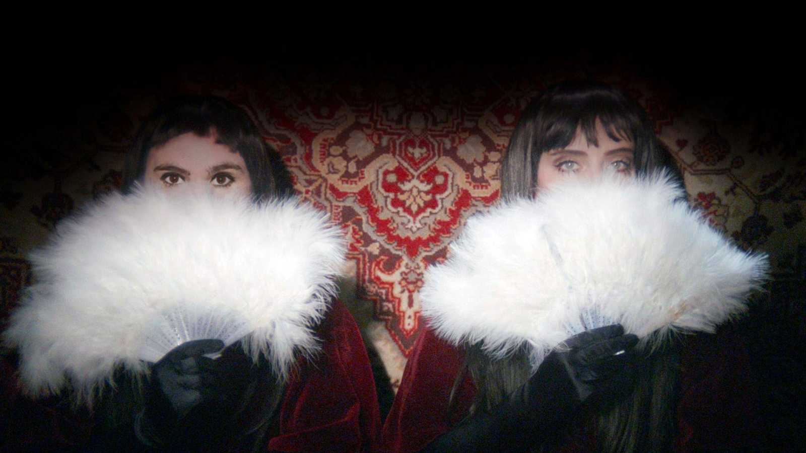 180 Grados - Miranda! & Javiera Mena, Fickle Friends, James Blake y Freddie Mercury - 24/11/20 - escuchar ahora