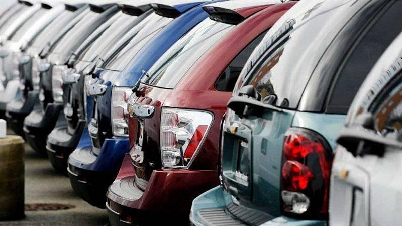 El coronavirus impulsa la compra de coches viejos - Escuchar ahora