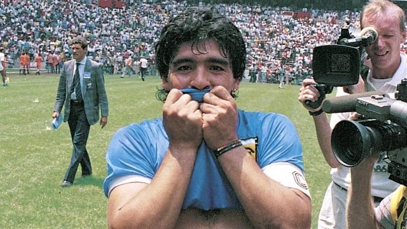 Hoy empieza todo con Ángel Carmona - Especial Maradona - 26/11/2020