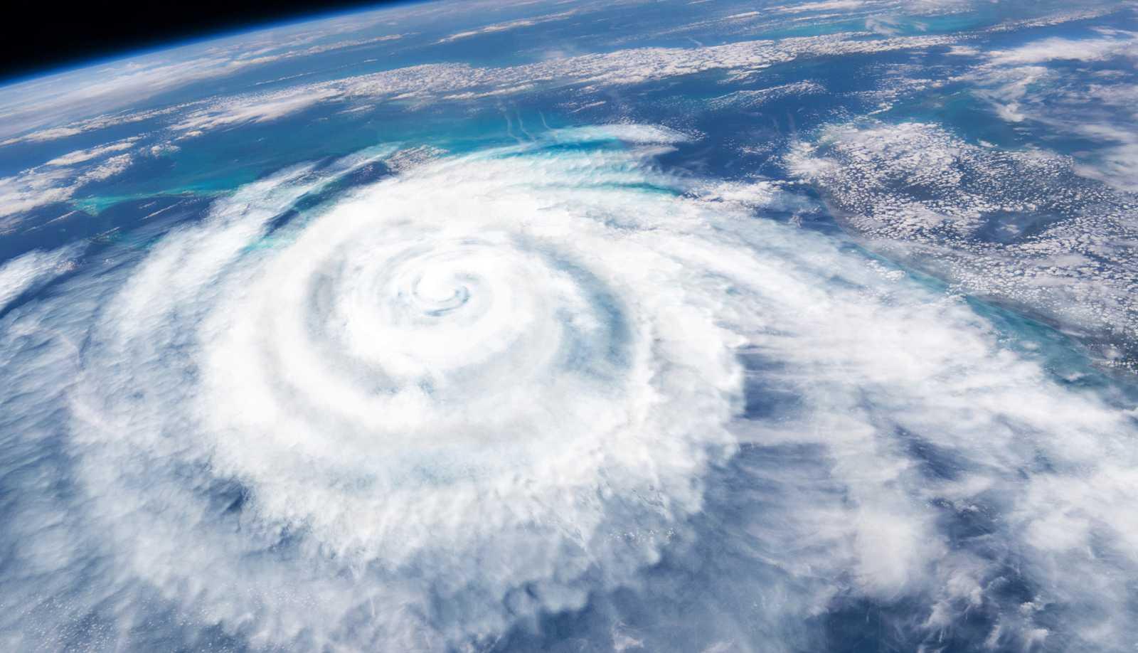 Hora América - Inusual temporada de huracanes en el Atlántico - 26/11/20 - escuchar ahora